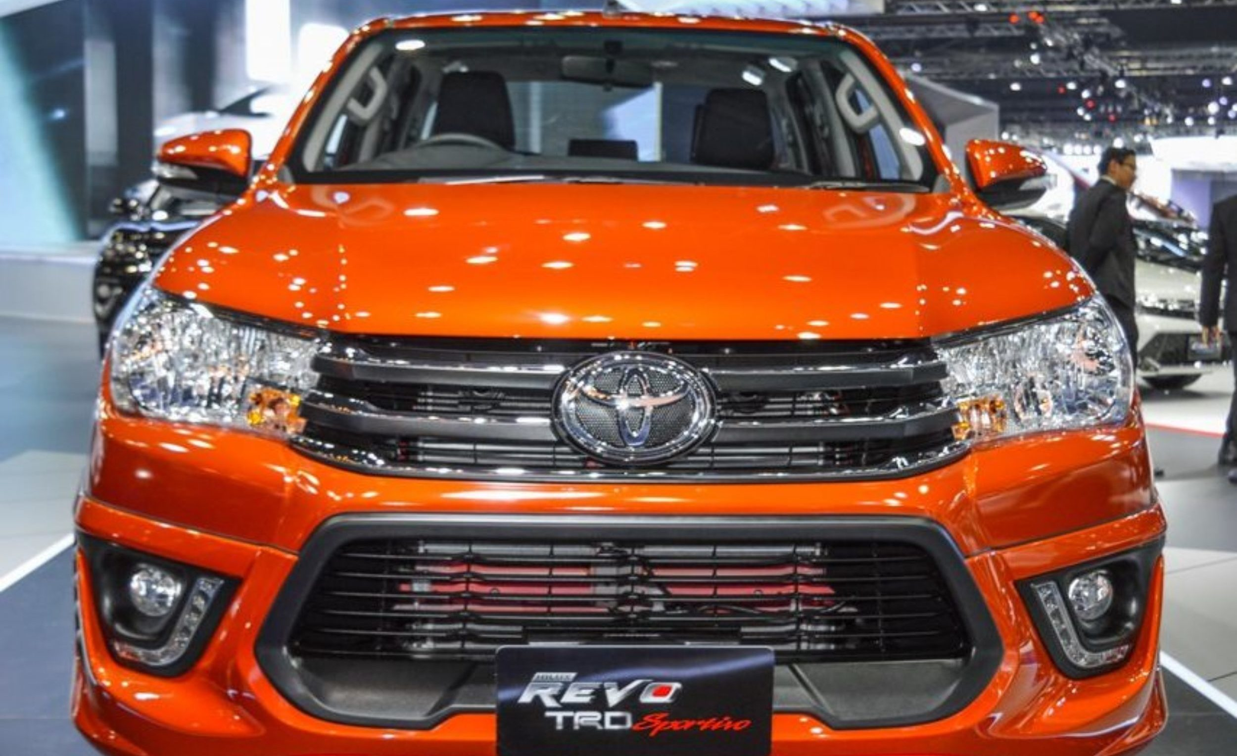 Thailand Toyota Hilux Revo Dealer Exporter